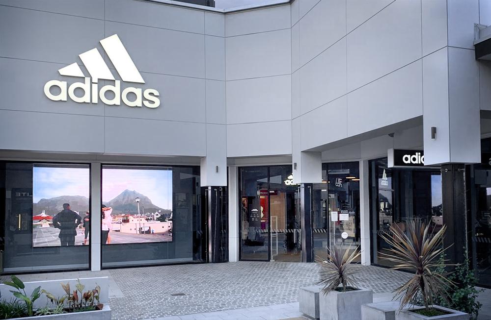 Adidas Adelaide DFO